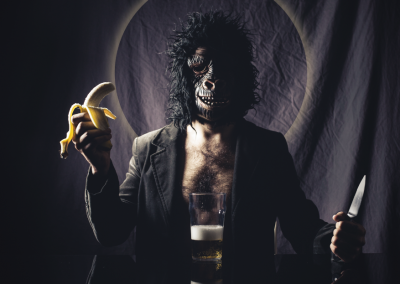 la inaceptable comunion del platano y la cerveza
